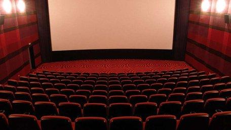 Кіноарифметика: де і як часто українці дивляться кіно