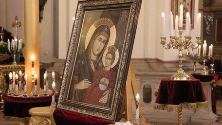 До Собору св. Юра у Львові привезли копію чудотворної  Вифлеємської ікони Пресвятої Богородиці