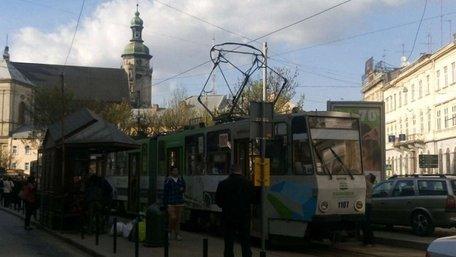 У центрі Львова зіткнулись два трамваї
