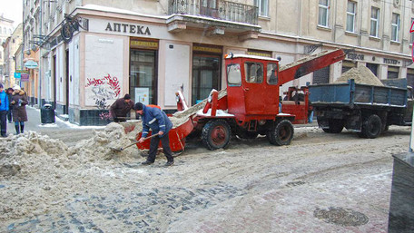Райадміністрації Львова закупили у Дубневичів піскосуміш вдвічі дорожче, ніж торік