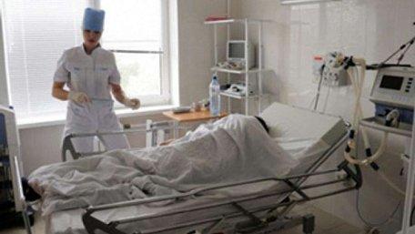 16-річна дівчина з Дрогобиччини з коровим енцефалітом вийшла з коми