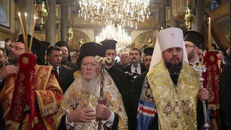 Православна церква України змінить правила відвідування церков