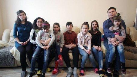 Через неасиміляцію з Польщі депортують багатодітну українську сім'ю