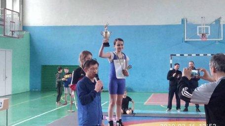 Школярка з Трускавця знайшла 150 тис. грн і повернула їх власнику