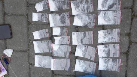 У Львові затримали групу наркоторговців