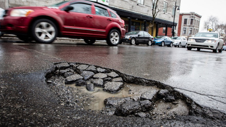 На Івано-Франківщині посадовців оштрафували через недогляд за дорогами, на яких сталися ДТП