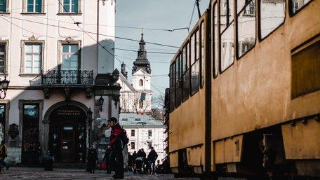 Львів'яни проти транспорту
