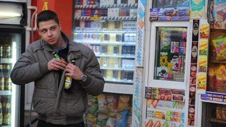 У Львові закрилась половина кіосків, де раніше торгували алкоголем