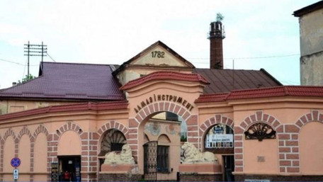 Депутати ЛМР затвердили забудову територій двох колишніх львівських заводів