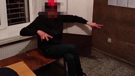 Тричі судимий чоловік у Львові вимагав гроші за нібито знайдений телефон