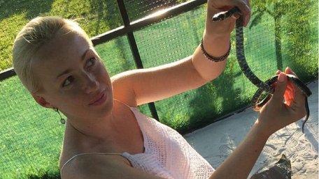 Під Львовом відкрили першу в Україні зміїну ферму