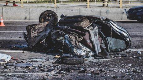 Четверо людей загинули у зіткненні двох легковиків у Києві