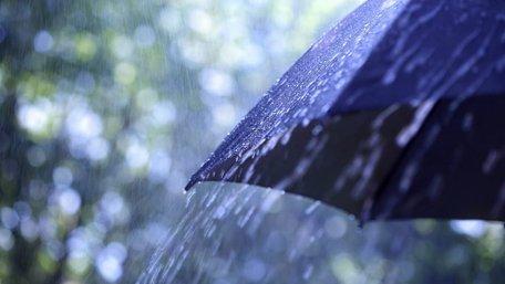 Через грозовий північно-західний фронт Україну накриють потужні зливи