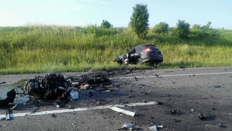 На Рівненщині внаслідок лобового зіткнення авто загинули двоє водіїв