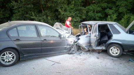 В ДТП за участю поліцейського на Херсонщині загинула сім'я з дитиною