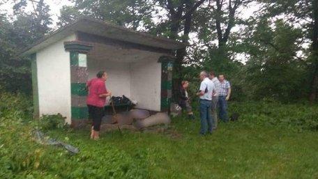 На Івано-Франківщині від удару блискавки загинули троє мешканців Львівщини