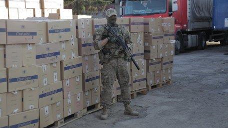 На Закарпатті вилучили найбільшу партію контрабандних цигарок в історії України