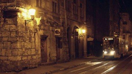 Упродовж трьох днів громадський транспорт у Львові курсуватиме до півночі