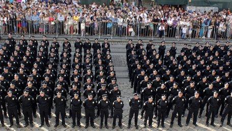 Чому люди не хочуть йти працювати в патрульну поліцію