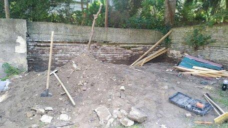 Внаслідок обвалу підпірної стінки львівського дитсадка загинув робітник