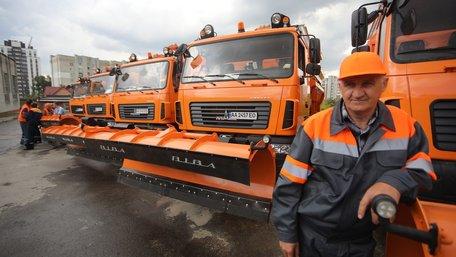 Львів закупив чотири вуличні порохотяги, три евакуатори і п'ять снігоочищувачів