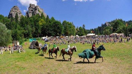На фестивалі у Тустані відвідувачі вночі будуть штурмувати фортецю