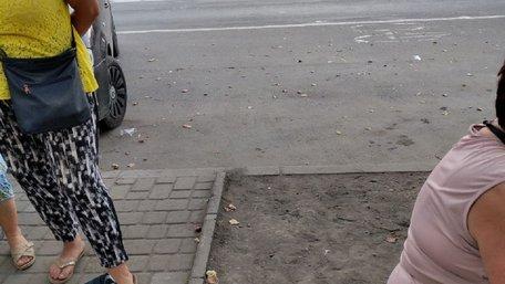 В Івано-Франківську невідомі пограбували чоловіка і викрали сумку з 900 тис. грн