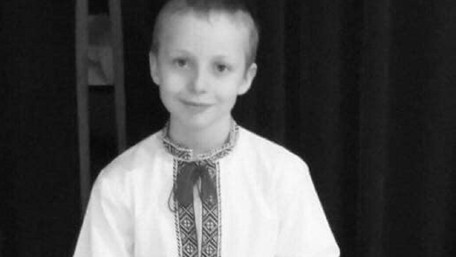Помер 8-річний хлопчик, якого три дні тому збив автомобіль у Рудному