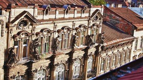 110-літню кам'яницю на вул. Дорошенка відреставрують за 3 млн грн