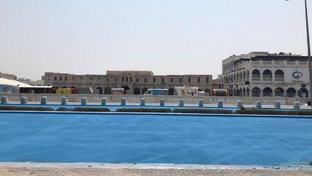 В столиці Катару дорогу пофарбували в синій колір, щоб знизити температуру асфальту