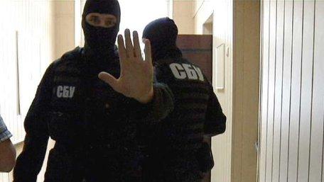 ДБР та СБУ проводять обшуки в офісах Укртрансбезпеки у Львові