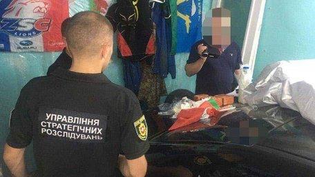 32-річний житель Рівненщини зберігав арсенал вибухівки у гаражі