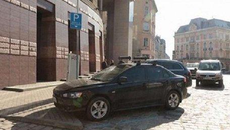 Петиція про безкоштовне паркування для львів'ян набрала необхідні 500 голосів