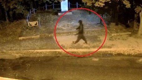 Поліція оприлюднила відео з підозрюваним у замаху на ректора ТНЕУ