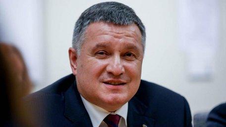 Очільник МЗС пояснив, чому Арсен Аваков залишився на посаді