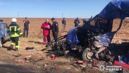 Одеська маршрутка зіткнулася з вантажівкою, 9 загиблих