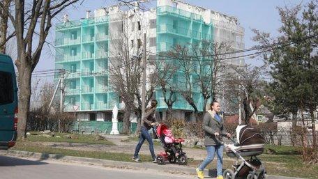 Львівська міськрада оприлюднила перелік забудовників-порушників