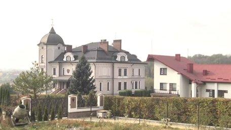 Під час обшуку у будинку Богдана Дубневича вилучили смартфон та флешку з контактами Кучми