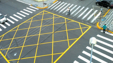 На львівських перехрестях нанесуть нову розмітку для зменшення заторів