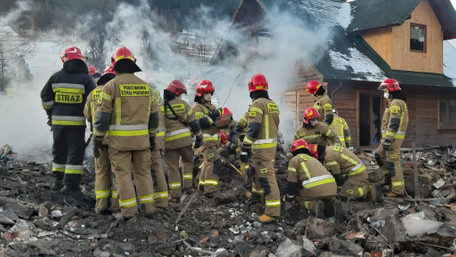 Восьмеро людей загинули внаслідок вибуху газу на гірськолижному курорті в Польщі