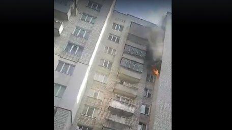 У львівській багатоповерхівці стався вибух і пожежа