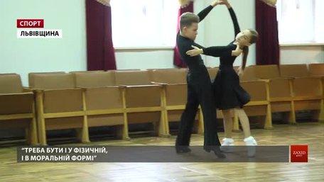 10-річні стрияни Комарницький і Черковська вдруге стали чемпіонами світу з бальних танців