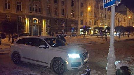 За напад на почесного консула Бельгії львів'янина засудили до трьох місяців арешту