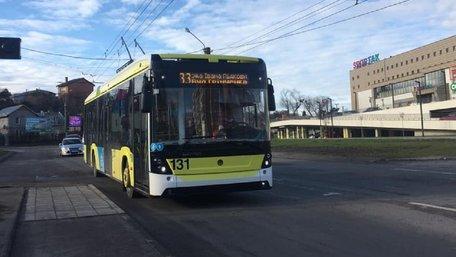 На вулиці Львова виїхали нові тролейбуси від «Електрону»