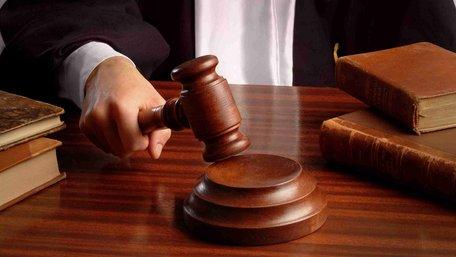 15-річний український підліток через суд позбавив батьківських прав своїх батьків