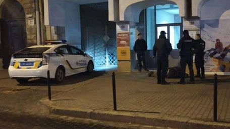 П'яний вдарив ножем у груди перехожого у центрі Львова