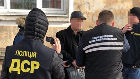 Львівська поліція інсценувала підпал автомобіля військового комісара, щоб затримати замовника