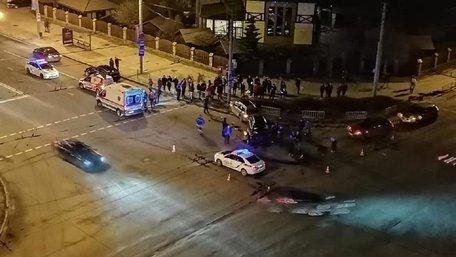 Патрульні оприлюднили відео автотрощі на перехресті вул. Любінська-Виговського
