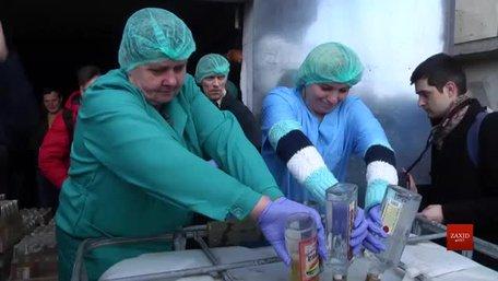 У Винниках утилізовують найбільшу в історії України партію контрафактного алкоголю
