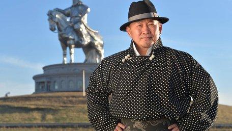 Президента Монголії відправили на двотижневий карантин після візиту у Китай